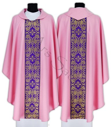 Gothic Chasuble 005-R